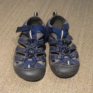 Keen sandal kids size 6
